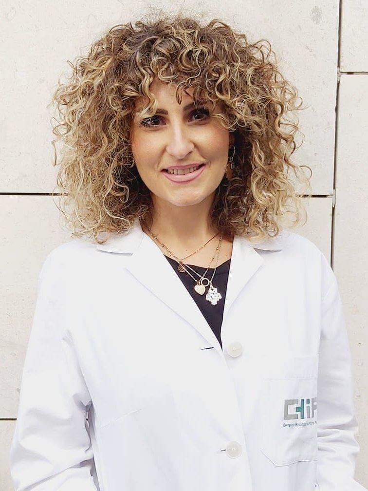 Cristina Cuberos nutricionista experta en nutrición tras operaciones de reducción de estómago en el tratamiento del sobrepeso
