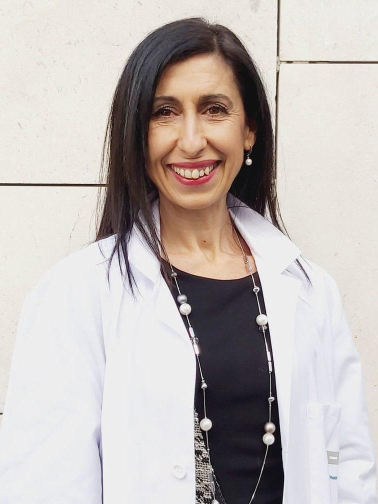 Dolores Macías Santiago enfermera experta en enfermería tras operaciones de reducción de estómago en el tratamiento del sobrepeso