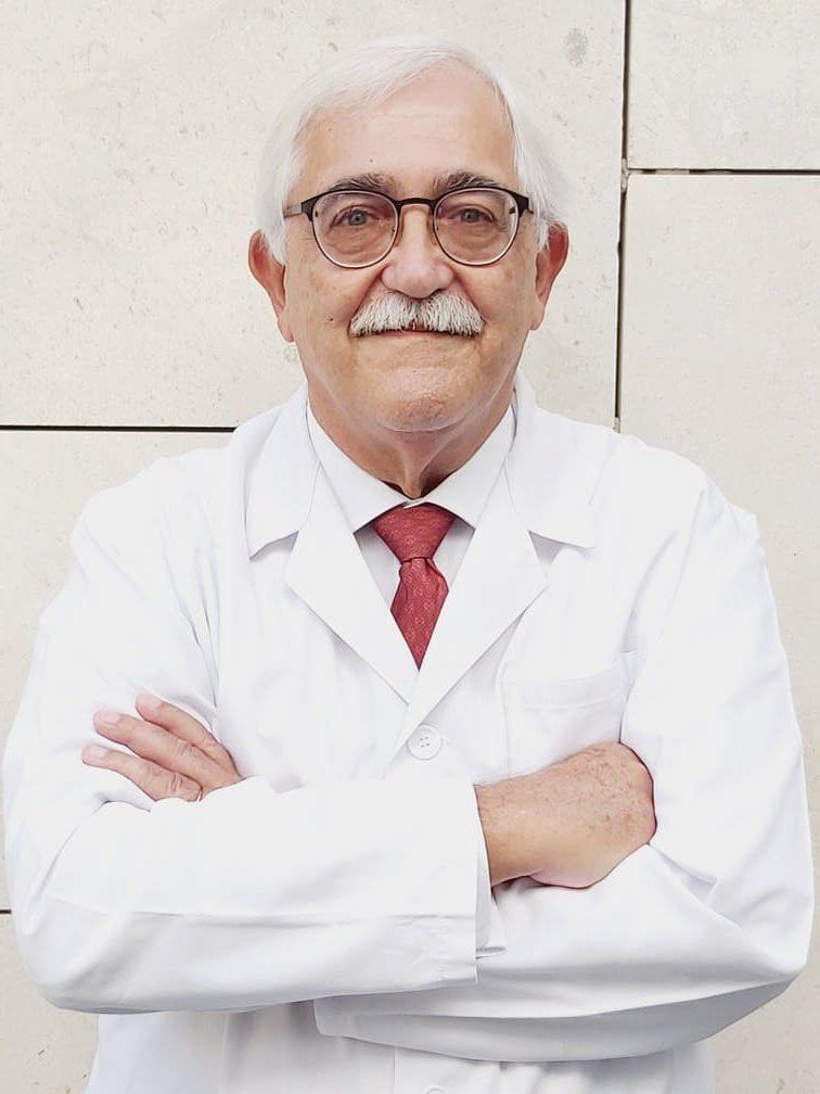 Dr. Gonzalo Pancorbo Morales endocrinólogo especialista tras operaciones de reducción de estómago en el tratamiento del sobrepeso