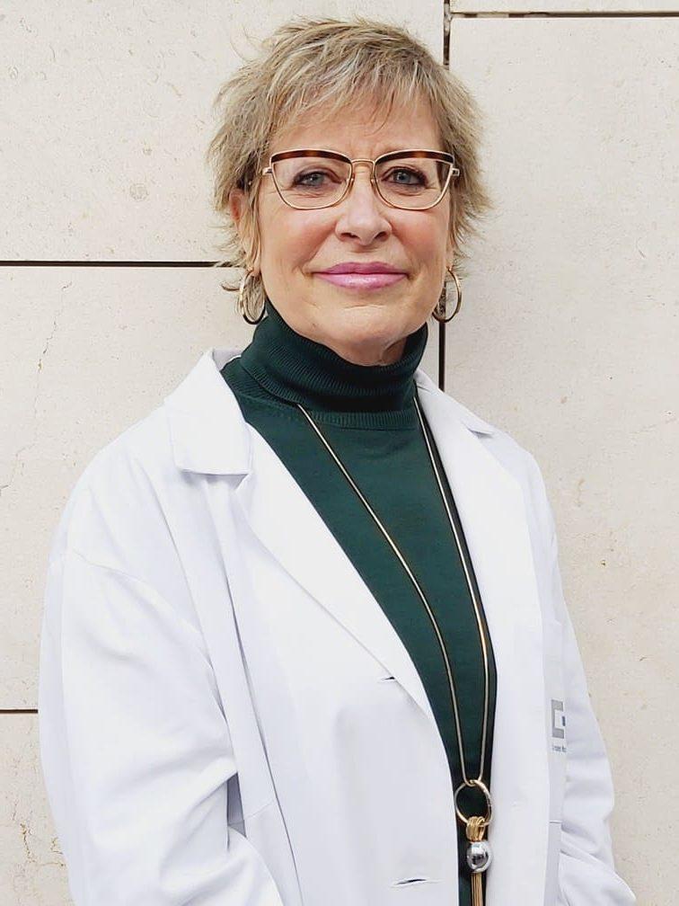 Mercedes Guillén psicóloga experta en psicología tras operaciones de reducción de estómago en el tratamiento del sobrepes